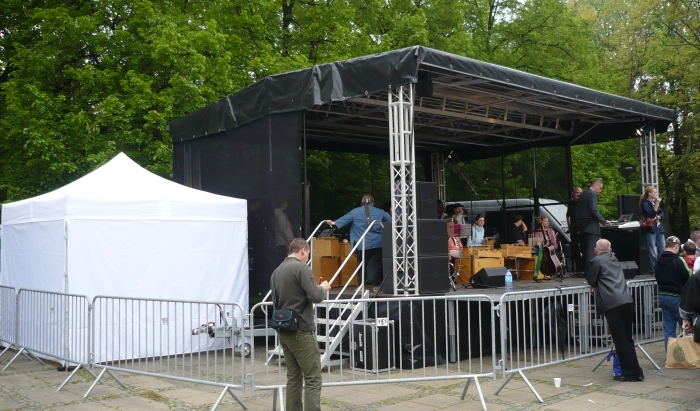 Uderz w Bęben, park Rydza Śmigłego, Warszawa
